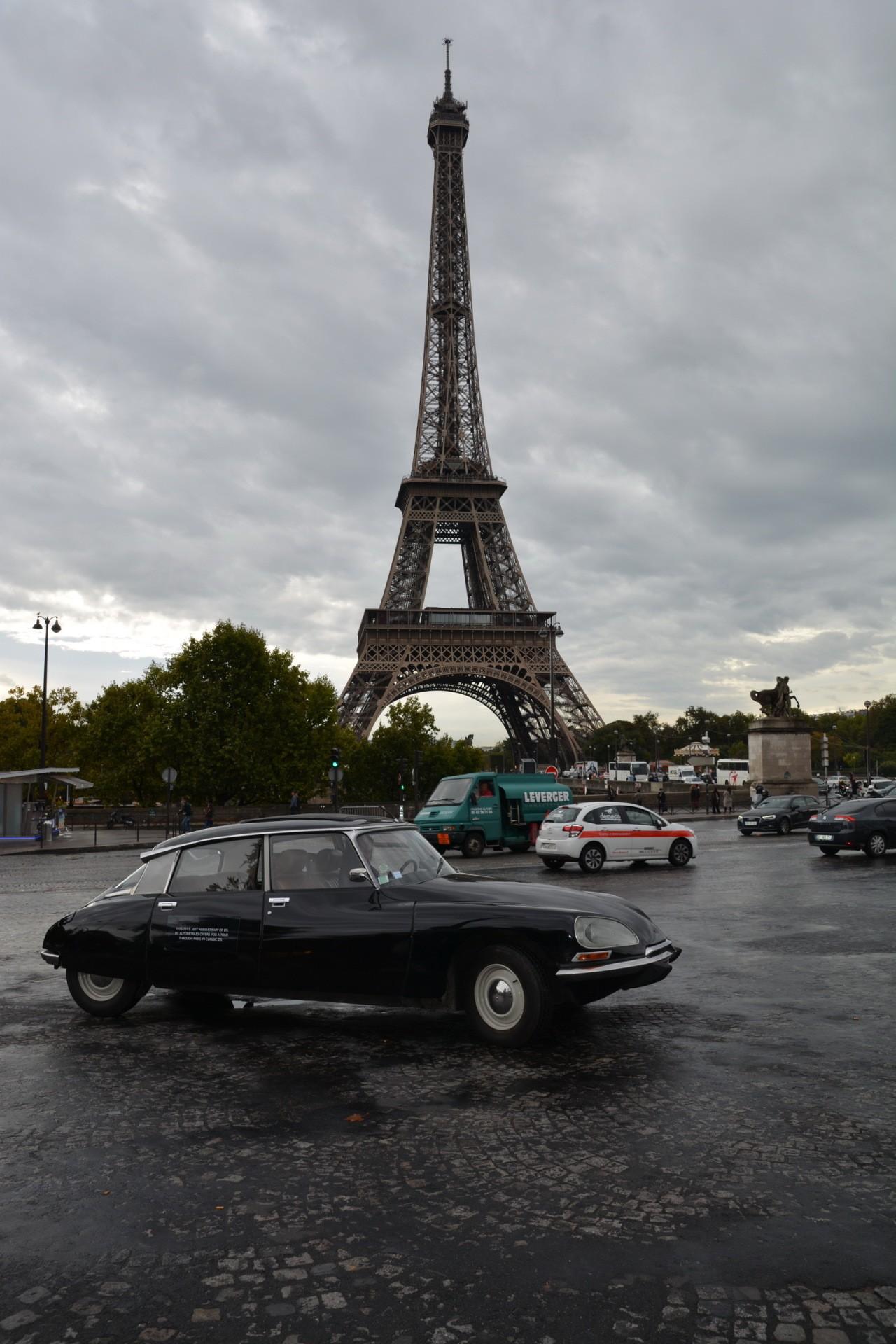 Citroën DS 60 ans tour Eiffel 05