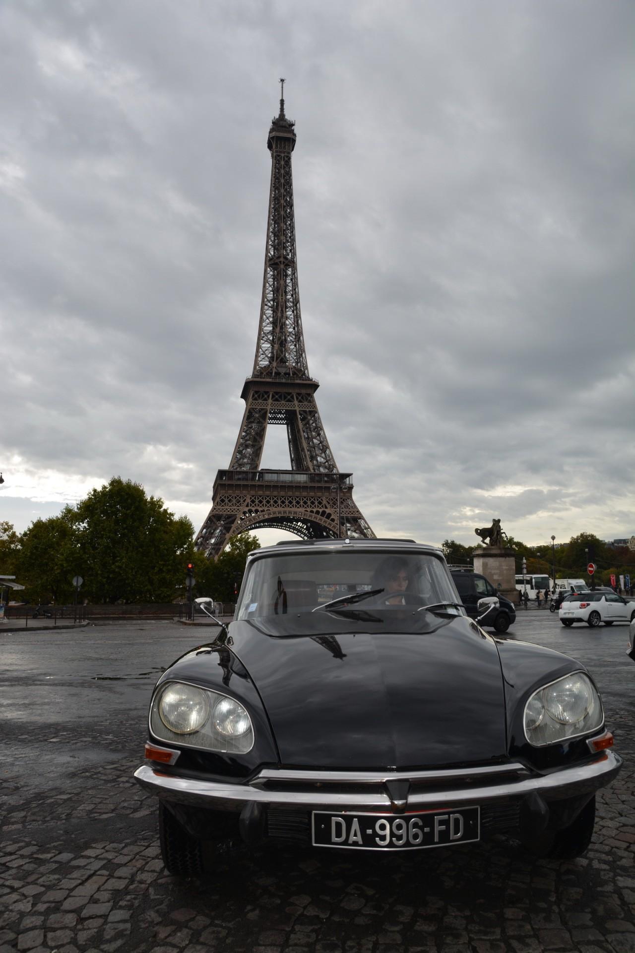 Citroën DS 60 ans tour Eiffel 06