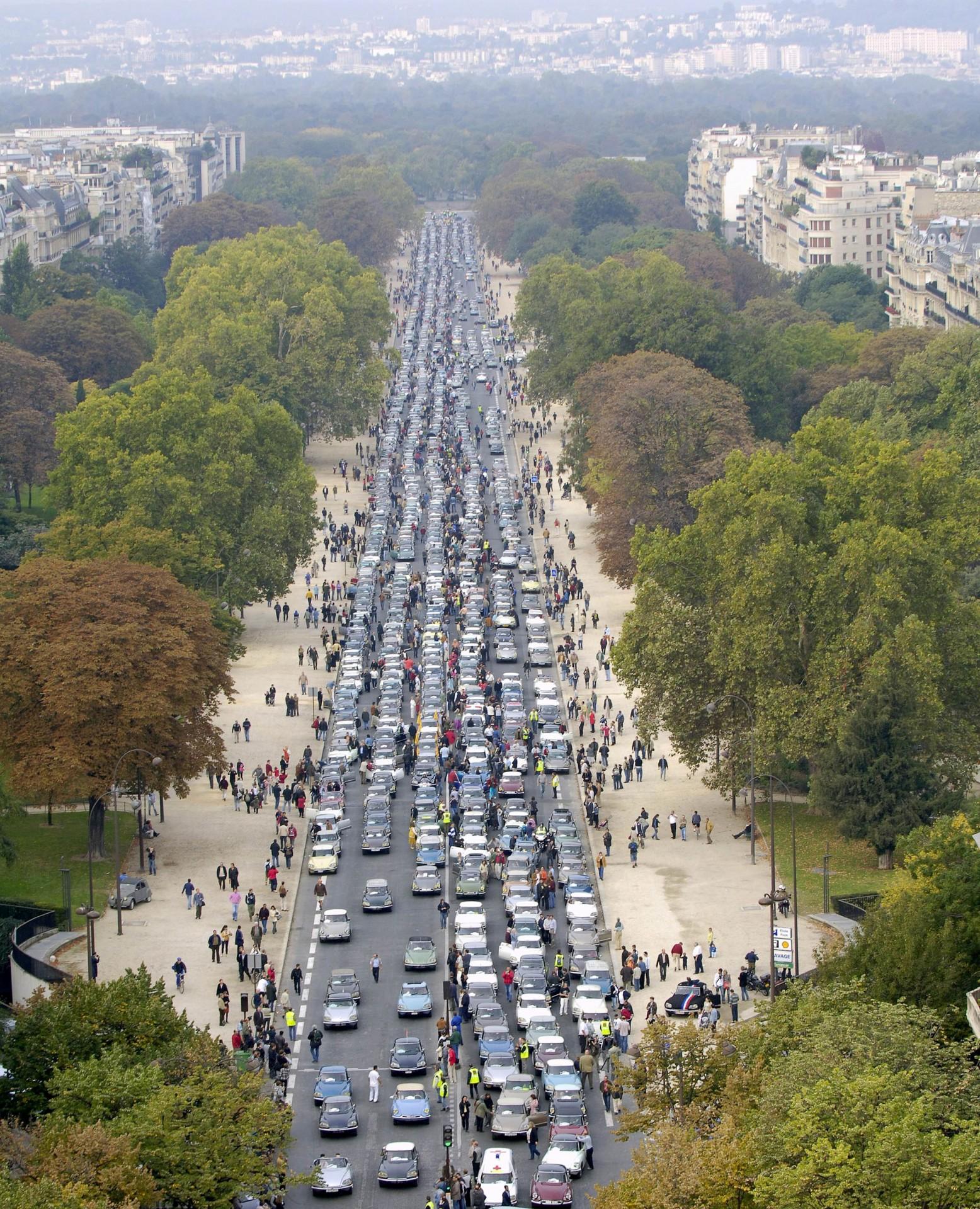 Défile DS Paris 9 Oct.2005