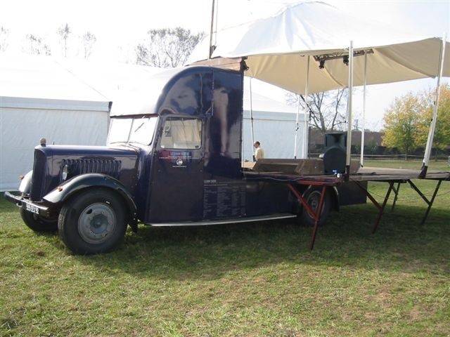 DS 50 ans Le camion théâtre